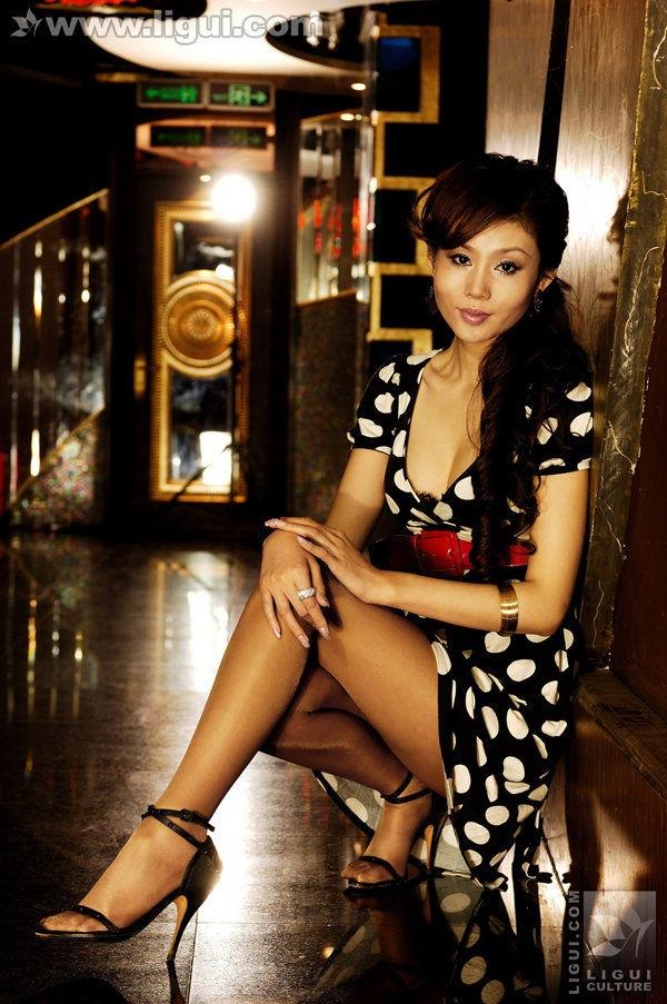 [Ligui丽柜]2009.02.04 星级酒店的性感丝袜女皇 Model 姚金金[23P/16M]